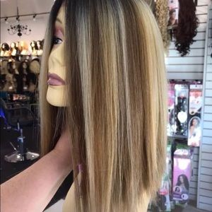Wig Blonde Mix Ombré blunt cut bob 2019 New Wig